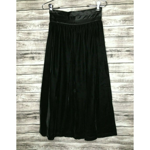 Gunne Sax Size 7 Black Velvet Skirt