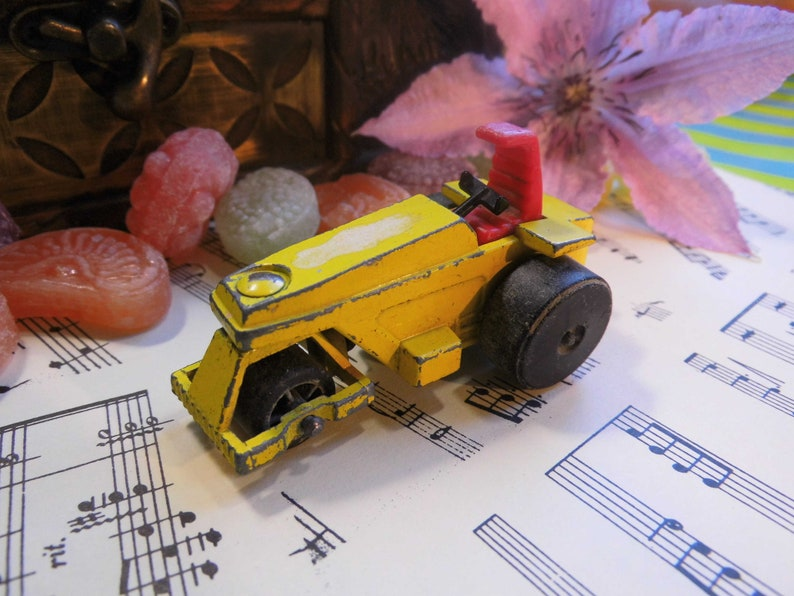 Vintage Matchbox tractor Roller Toy car with wheels metal image 0