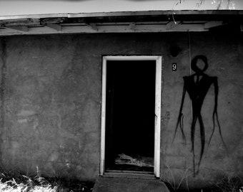 Abandoned Building, Slender Man