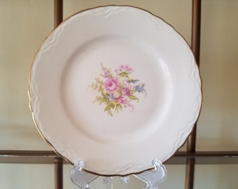 Vintage 1950's Homer Laughlin Avon by Cunningham & Pickett Hand Decorated Bread and Butter Plates, Set of 4