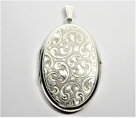 Large sterling silver locket pendant