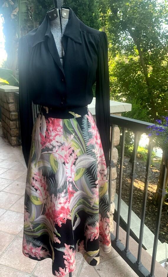 Vintage 1950's Hawaiian Barkcloth Skirt - image 2