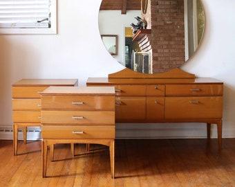 Bedroom vanity   Etsy
