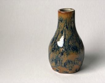 VanGauch Bud Vase
