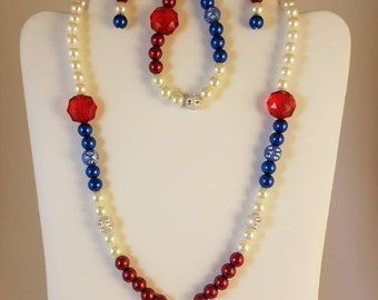 New handmade beaded patriotic red white blue necklace earrings bracelet set