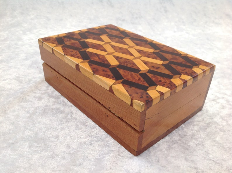 Moroccan Style JewelleryStorage Box with Marquetry in Araar French Polished