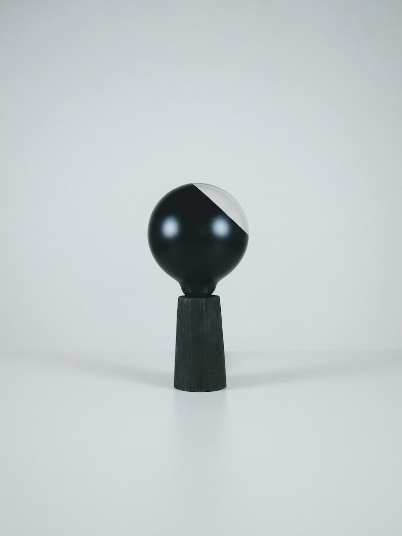 T lamp Black image 0