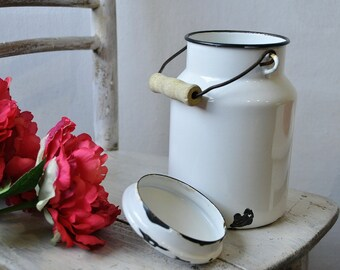Vintage White Enamel Milk Can, can with Wooden Handle, White shabby chic enamel, Shabby chic home decor, White Enamelware, Emo Yugoslavia