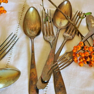 Soup spoons Vintage spoon set of 5 Flatware Primitive spoon Food photography props Spoons Kitchenware Dessert spoons Table spoons