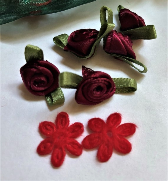 30 Mini Satin Rose Buds Wine Red And 10 Embroidered Red Lace Etsy