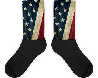 Socks - Vintage Look American Flag / Patriotic USA, Perfect for 4th of July, Memorial Day