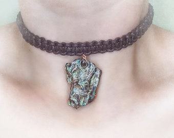 Tree bark choker