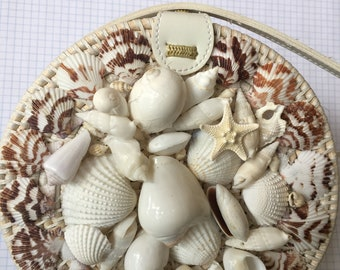 White shell collage