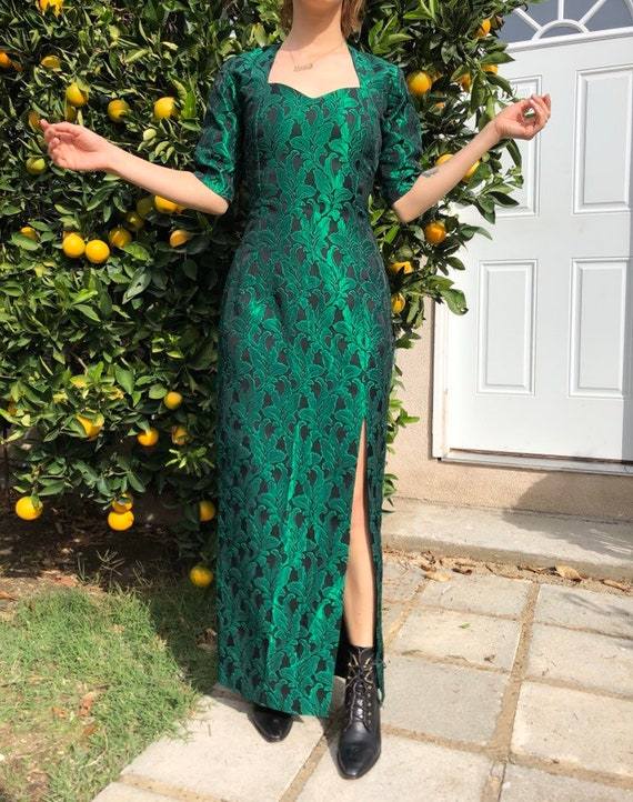 Old Glamour Green Leaf Gown