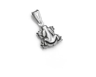 925 sterling Silver Frog Pendant