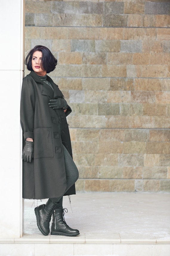 90e91fcc2b24e Plus Size Coat Women Raincoat Long Maxi Coat Black Coat