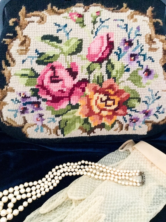 Vintage needle point 1950 Tapestry bag floral top… - image 5