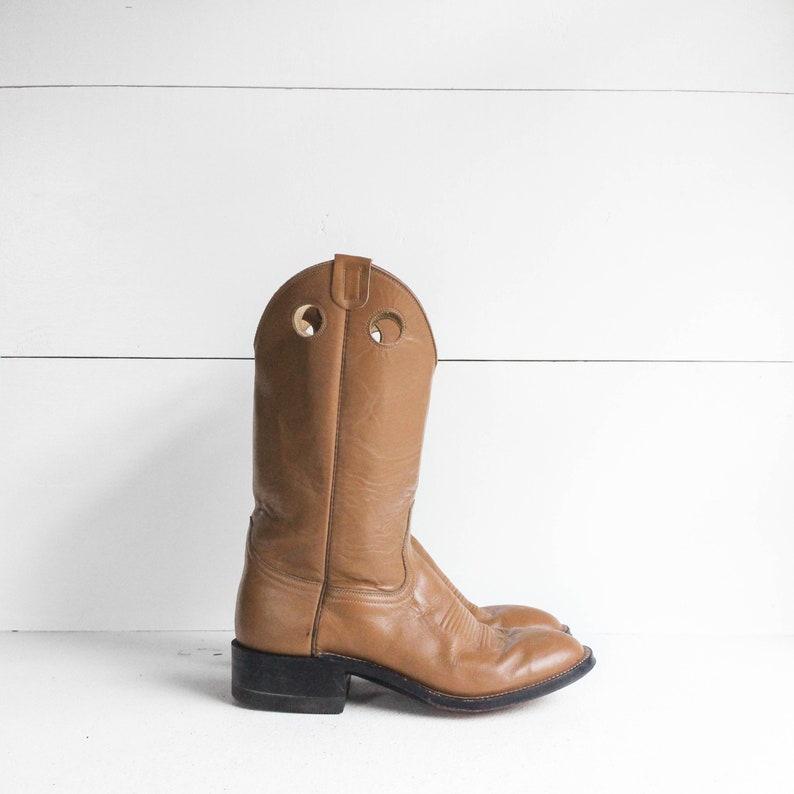 585bb95d404 8 D | Men's Laramie Tan Buckaroo Western Boots Round Toe