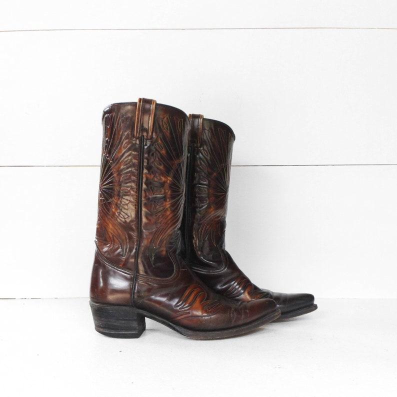 2a9a7fa202f 8.5 D | Vintage Texas Boots Peacock Cowboy Boots
