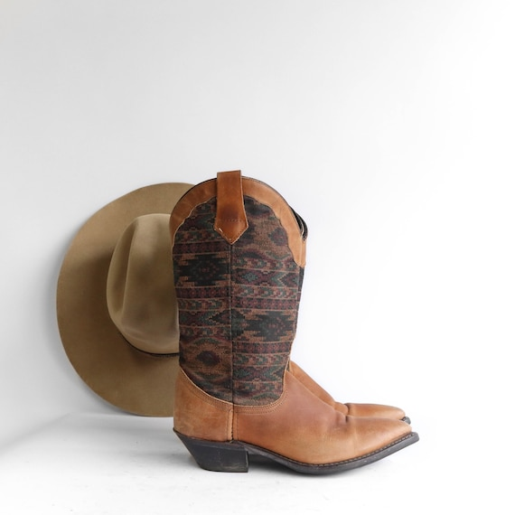 Women's Brown Tapestry Cowboy Boots size 7 1/2