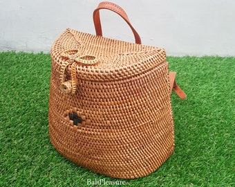 75fdfc664653 Brown Handwoven Rattan Beach Bag Bali with Backpack Style - Women Straw Bag  - Ata Grass Bag - Straw Backpack - Summer Bag - Christmas Bag