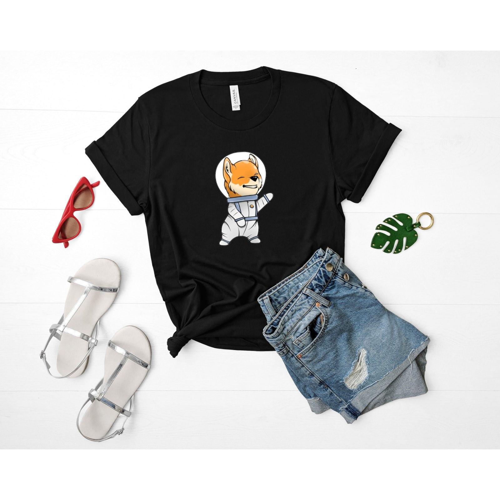 ASTRONAUTE Shiba Inu chemise astronaute, (unisexe), espace chien astronaute, chemise astronaute T-Shirt, espace Shiba Inu Art, les amateurs d'espace, l'astronaute chemises ea6507