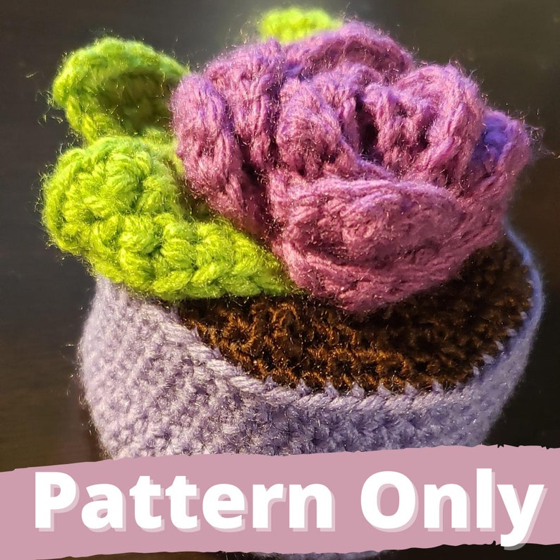 Forever Rose  Amigurumi Stuffed Rose  PATTERN ONLY image 0