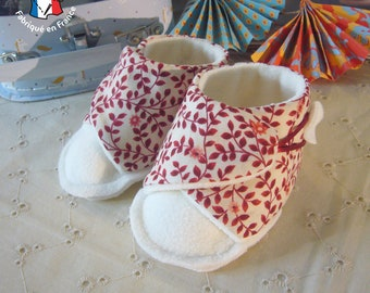 Sewing kit: 0-12 month old cotton and fleece baby slippers