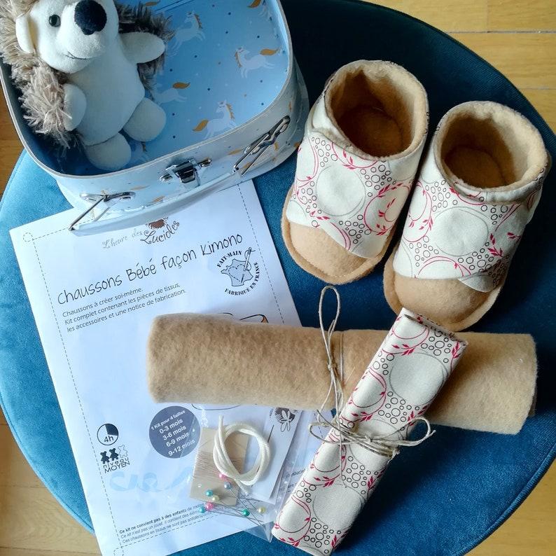 Couture kit: baby slippers 0-12 months in cotton and fleece image 0
