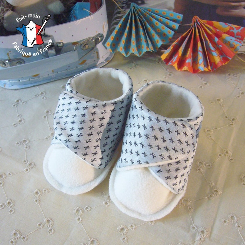 Baby slippers 0-12 months birth gift baby booties birth gift Gris et blanc