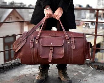 Adwaita Mens Full Grain Cow Leather Duffel Bag Overnight Travel Weekender Bag  24 inch Waterproof Lifetime Guranteed Extra Large Duffle bag b0c5d5715e0af