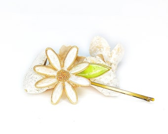 White Daisy Blossom Flower   Bobby Pin   Hair Pin   Resin   Statement   Kanzashi