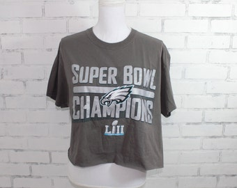 97089a322d0 Philadelphia Eagles Super Bowl Champions Vintage Graphic Football Tshirtt  (RARE One of a Kind)