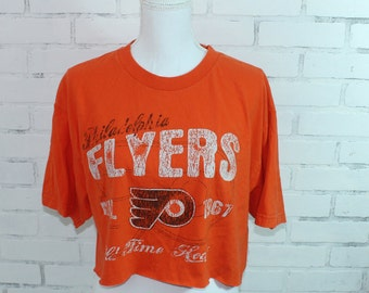Philadelphia Flyers NHL Hockey Vintage Graphic t-shirt cropped (RARE one of  a kind) 075501780