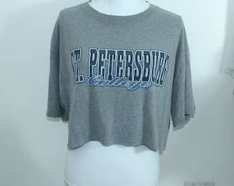 St.Petersburgs College Vintage Graphic t-shirt (RARE one of a kind) College  Tailgate Game Day Tshirt 9a97fcf34
