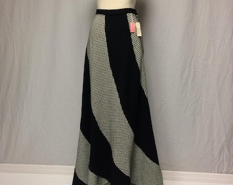 Vintage Size 13 Ormond Navy Blue Maxi Skirt Swirl Buttons