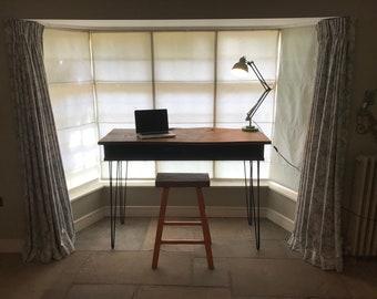 Raised Oak DJ desk