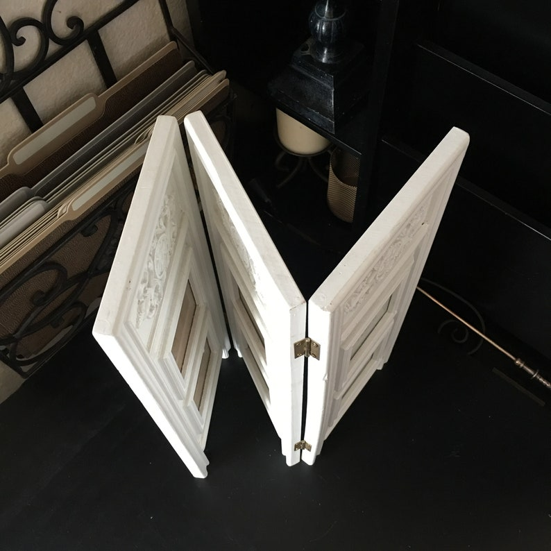 Shabby Chic 14.5\u201d x 5.75\u201d Wood Picture Frame Foldable Mini Room Divider Shape For a 3 x 3 Photo Distressed White Country Table Decor