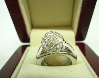 White Gold Ring With Natural Diamonds