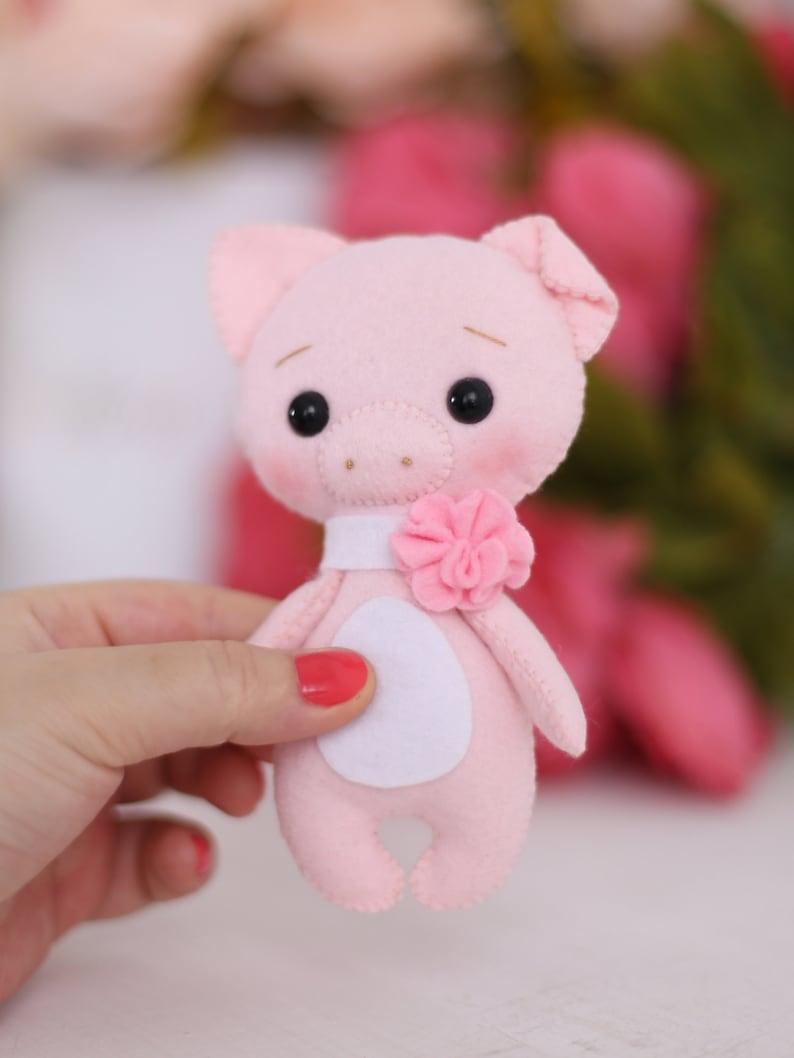 felt animal pattern pig lover gift felt toy pattern patterns pdf felt pattern pig sewing pattern baby doll pattern felt pig pattern