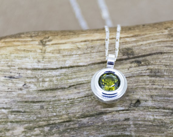 Olive Green Zircon Round Silver Necklace