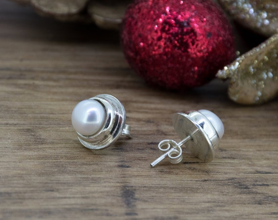 Elegant White Pearl Silver Earrings