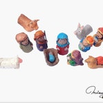 Nativity Scene. Miniature Manger. Finger puppets in paper mache. Christmas Decoration. Family Christian. Muñeca OOAK. Small Biblical Figures
