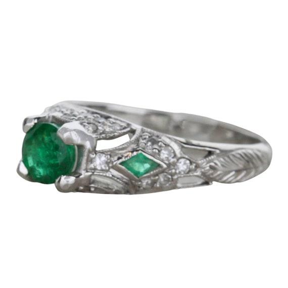 Vintage Emerald and Diamond Ring - image 3