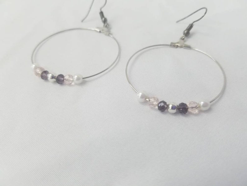 Purple and Pale Pink Glass Beaded Necklace with Pearl and Silver Accents comes with Matching Bracelet and Hoop Earrings
