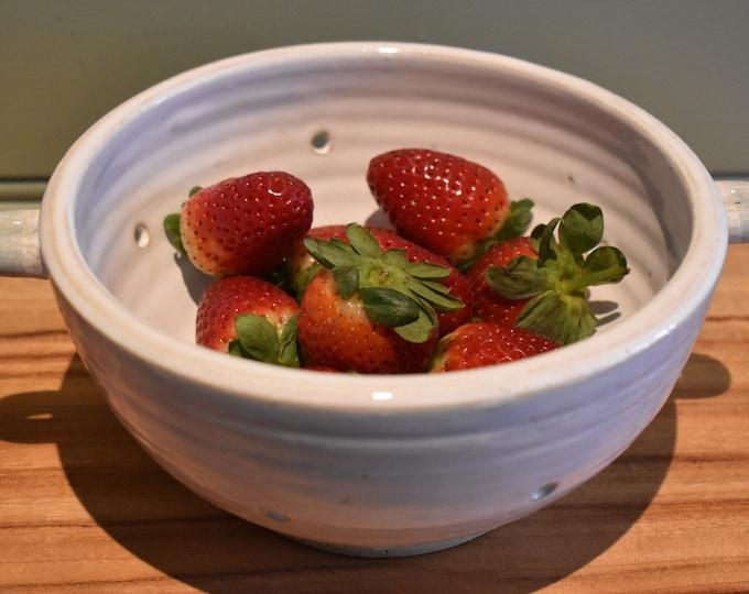 Berry bowl Colander
