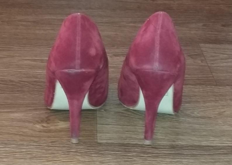 484204e26d291 Vintage italian dark red suede shoes high heels Faux leather pumps Court  shoes