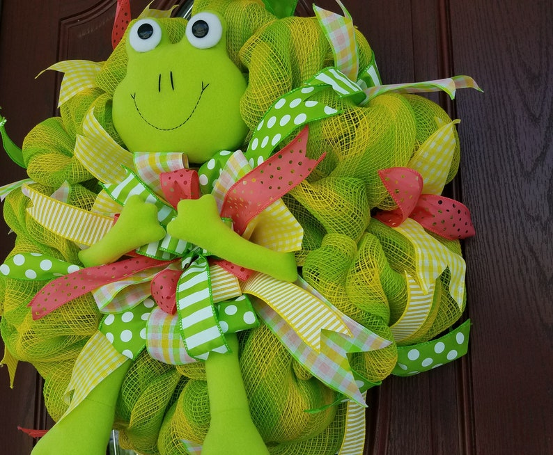 Frog Wreath Froggy Wreath Green Frog Wreath Spring Frog Wreath