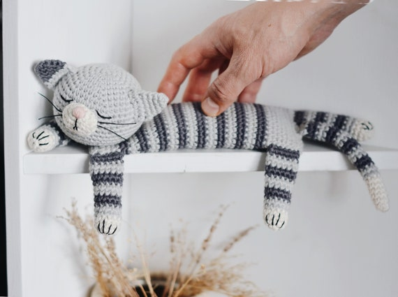 Amigurumi Crochet Cats: DIY Tutorial & Pattern | aboutGoodness.com | 425x570