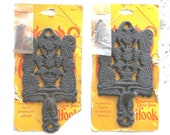 Vintage Griswold-Wagner General House Wares, Cast Iron Decorative Hooks with Base, Early American Design Family Tree Motif Grape Motif